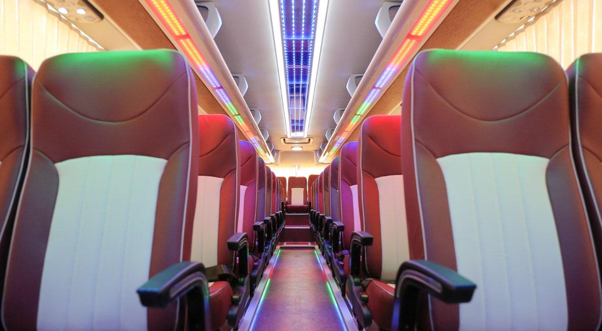 ghế khoang hành khách sang trọng Thaco Bluesky TB120S Deluxe